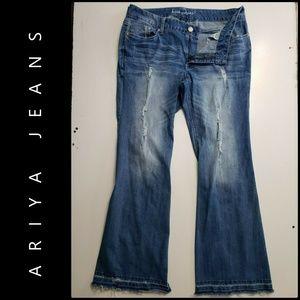 Ariya Jeans Woman Denim Boot Cut Distress Jeans